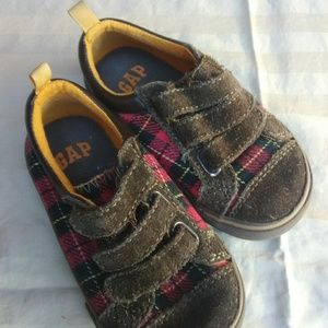 Gap Kids Plaid Shoes
